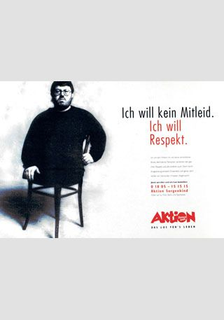 """Plakatmotiv aus der Imagekampagne der """"Aktion Sorgenkind"""" aus dem Jahr 1995, Aktion Mensch©, mit freundlicher Genehmigung."""