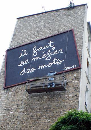 Installation im Pariser Stadtteil Belleville von Benjamin Vautier. Foto: Ploupi.