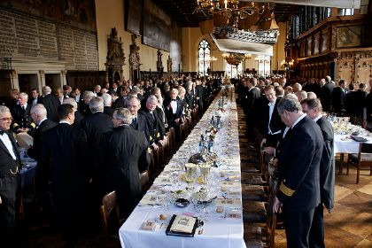 The society of ''Bürger'' as a male-dominated political order – politics, representation, perceptions of community. Bremen's ''Schaffermahlzeit'', 2009; this oldest ''Brudermahl'' (freemason dinner) worldwide symbolizes the ties between the shipping trade and merchants. Bremen Town Hall, 13 February 2009, photo: rudimente. Source: [https://www.flickr.com/photos/44041022@N07/4358940833 Flickr]  ([https://creativecommons.org/licenses/by-sa/2.0/ CC BY-SA 2.0]).