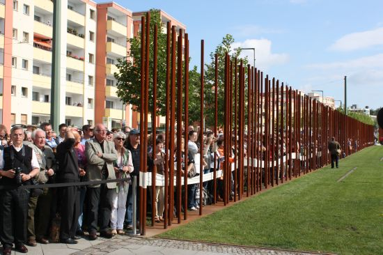 """The Wall"" Bernauer Straße, 30.6.2012. Photo: Hans-Hermann Hertle © Berlin<br />"
