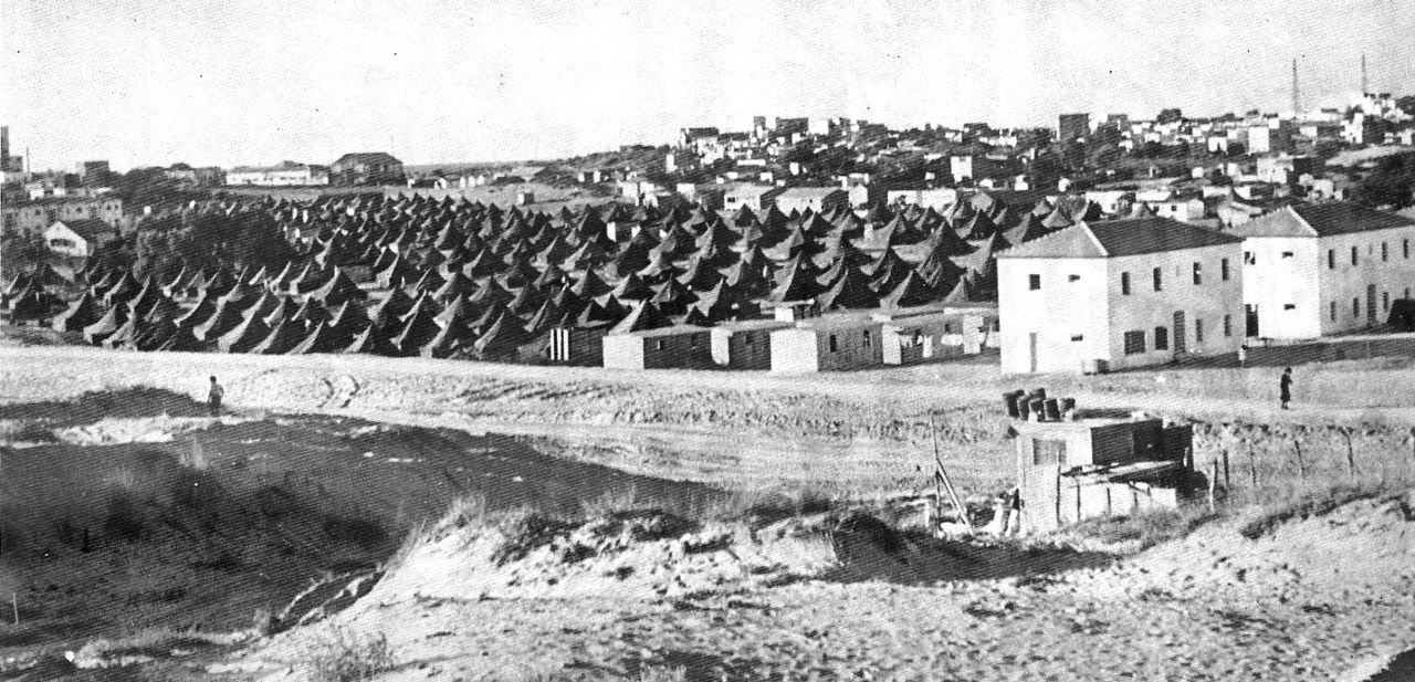 Temporäre Zeltstadt in Bat Yam