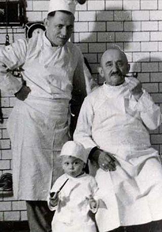 Drei Generationen der Bäckerfamilie Zavelberg, ca. 1937. Quelle: Andrea Zavelberg-Bolliger©, mit freundlicher Genehmigung.
