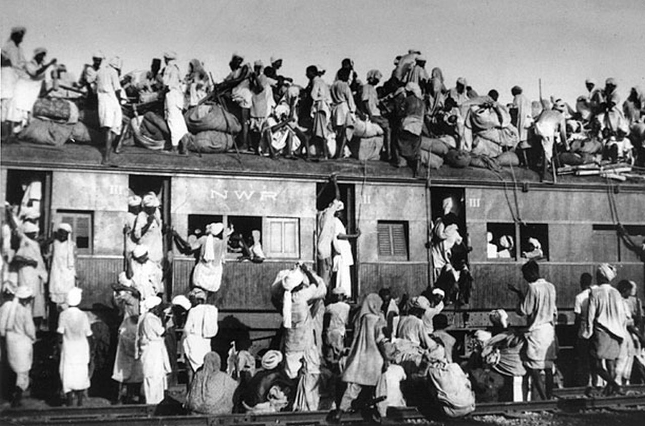 Flüchtlingszug im Punjab, 1947(Wikimedia Commons; Public Domain)