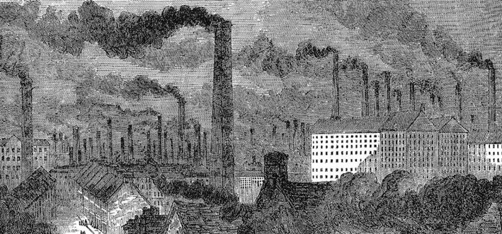 """Manchester war eine der frühzeitig industrialisierten Städte Englands. Wenn die Fabriken um die Mitte des 19. Jahrhunderts mit ihren über 500 Schloten qualmten, berührten Rauch und Ruß sämtliche Aspekte des Alltagslebens. Der englische Umwelthistoriker Stephen Mosley beschreibt in """"Chimney of the World"""", wie sich sogar die Kleidungs- und Möbelmode im viktorianischen England hin zu dunkleren Farben veränderte, um die Anfälligkeit durch Kohlenschmutz zu vermindern. Die Abbildung """"Manchester, getting up the steam"""" aus der englischen Architektur-Zeitschrift """"The Builder"""" (1853), nach: Stephen Mosley, The Chimney of the World: A History of Smoke Pollution in Victorian and Edwardian Manchester 2001, public domain"""