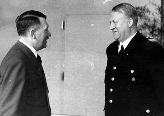 Vidkun Quisling im Gespräch mit Adolf Hitler, Salzburg, 19. April 1943. Fotograf: unbekannt, Quelle: [https://audiovis.nac.gov.pl/obraz/3371/2bebea90be2041b690db59268c53750b/ Narodowe Archiwum Cyfrowe (NAC)] Signatur: 2-12409, Lizenz: Creative Commons