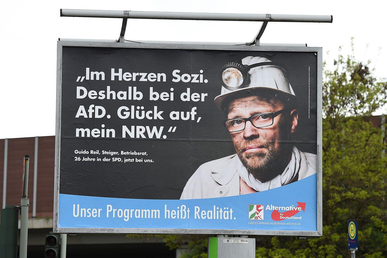 Plakat der Alternative für Deutschland (AfD) im nordrhein-westfälischen Landtagswahlkampf, Frühjahr 2017 (picture-alliance/Revierfoto/dpa)